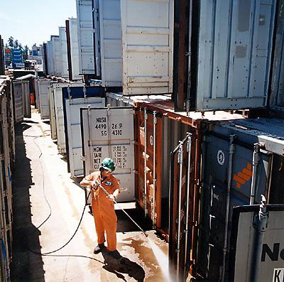 Container cleaning service
